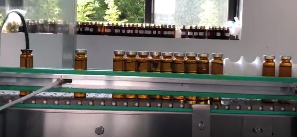 大连西林瓶灌装旋盖贴标生产线 口服液灌装扎盖机