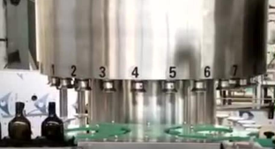 大连红酒灌装流水线 液体灌装流水线视频