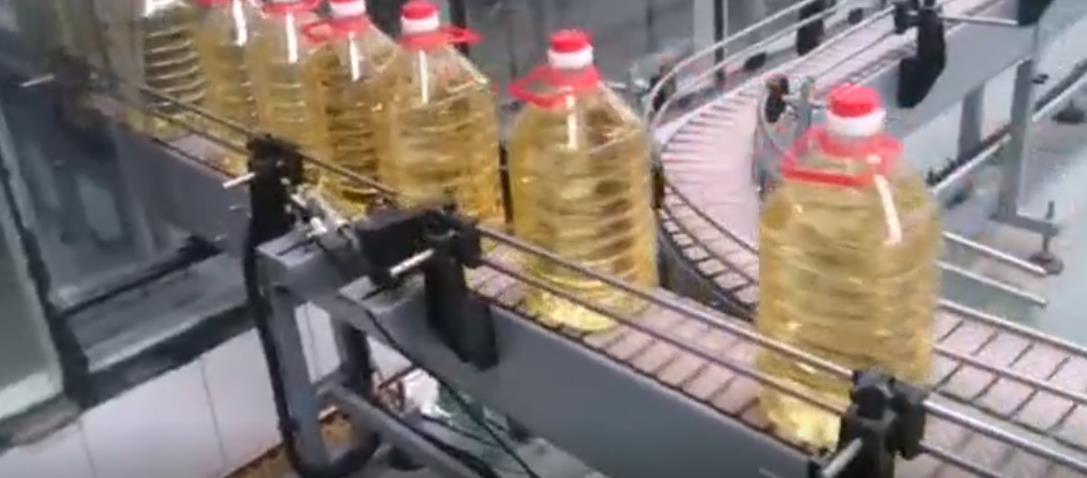 贴标开装封箱流水线 大连食用油全自动贴标机